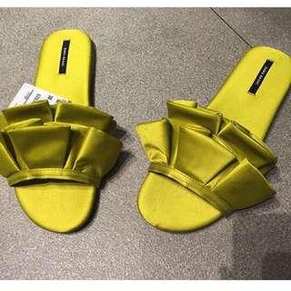 zara Yellow Sandals Size 7
