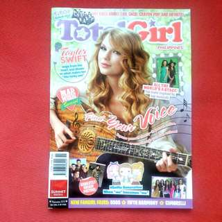 Taylor Swift Total Girl Magazine - November 2013 Issue