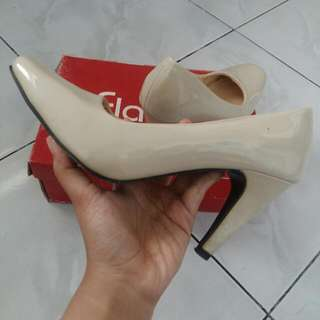 Heels Fladeo Cream