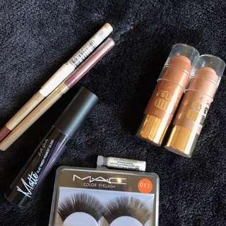 Mixed Make Up