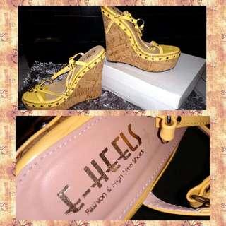 Sepatu Wedges Merk E_HEELS