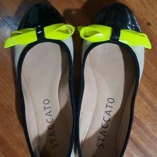staccato ladies ballet flats