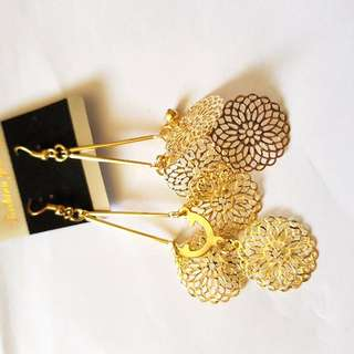 Amazing Gold Plated Ear Rings