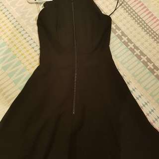 Black Size 6 CUE dress