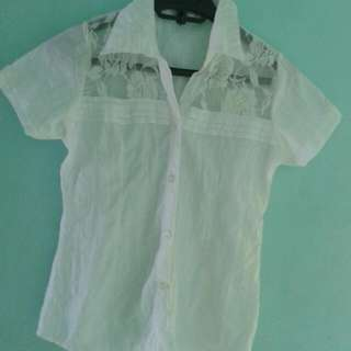 White Polo Shirt With Collar And Lace in front