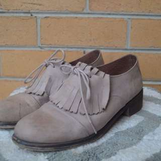Vintage Oxford Lace Leather Shoes