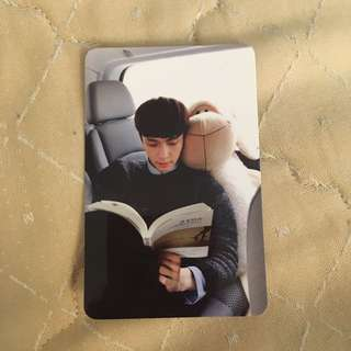 Lay / Yixing Love Me Right Official Photocard