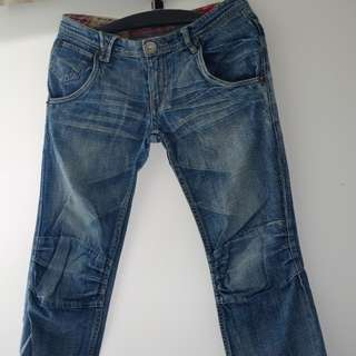 Tough 28腰牛仔褲 Jeans