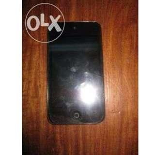 iPod Touch 4th Gen BLACK 64GB with case