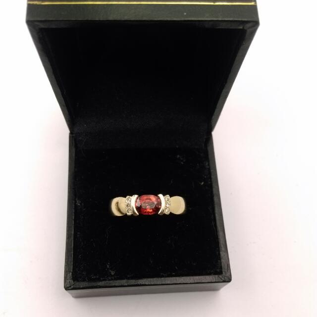 9CT Yellow Gold Mandarin Garnet And Diamond Ring