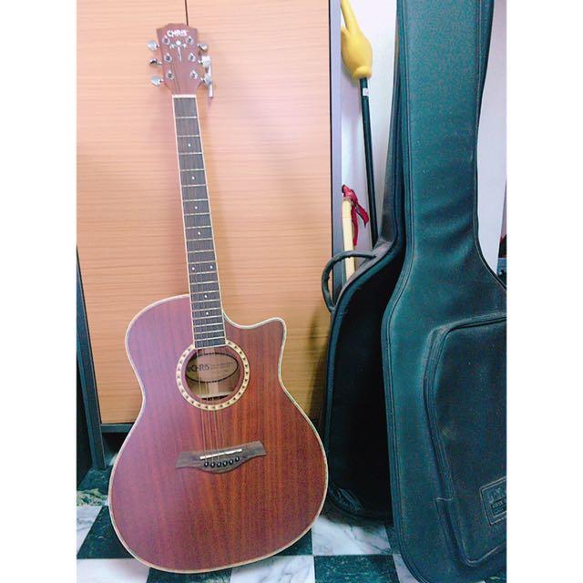 可接音響木吉他