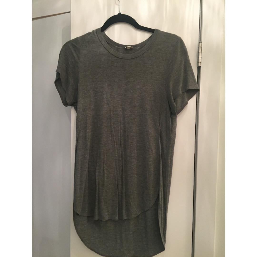 Aritzia - Wilfred T-Shirt (Grey) - Size S