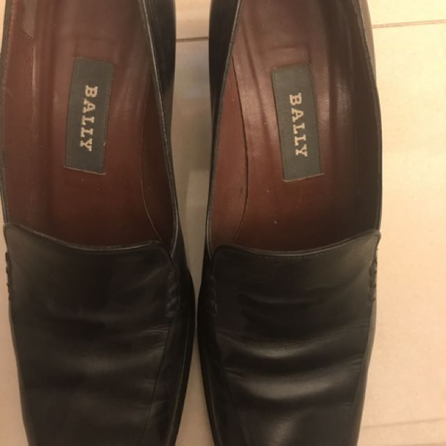 BALLY女皮鞋