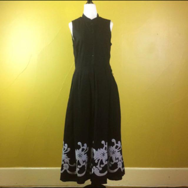 Black Liz Jordan Dress With Embroidery Size 12