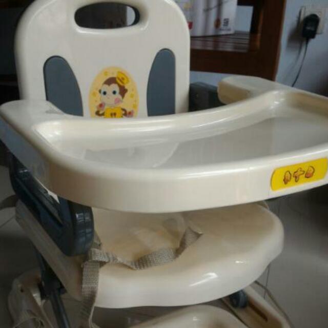 booster seat / tempat makan anak