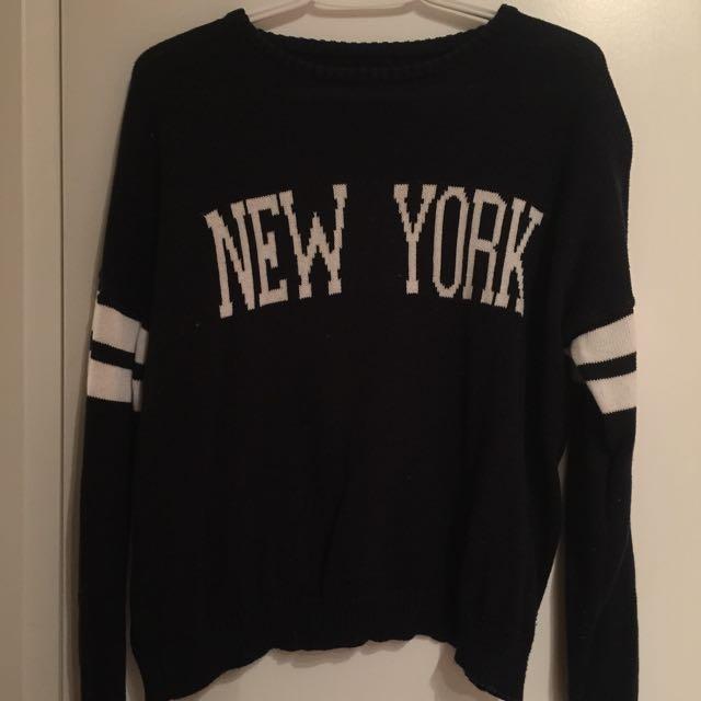 Brandy Melville Graphic Knitwear