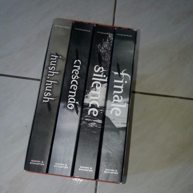 Hush, Hush Complete Saga
