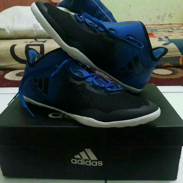 New Sepatu Adidas Ori