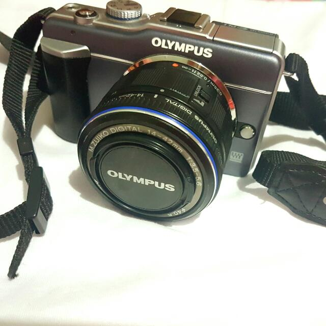 OLYMPUS EPL1 Camera