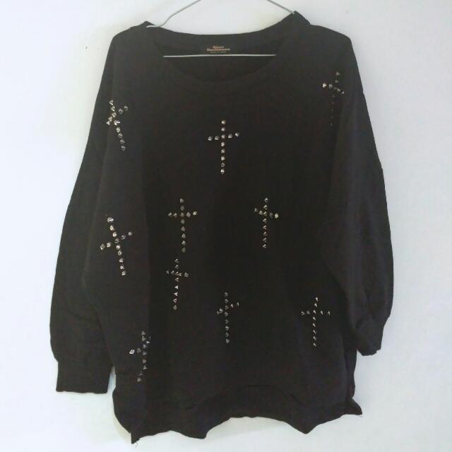 Oversized Cross Studded Spike Sweater Korea