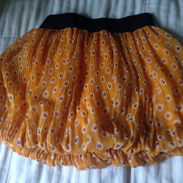 Patterned Hipster Skirt