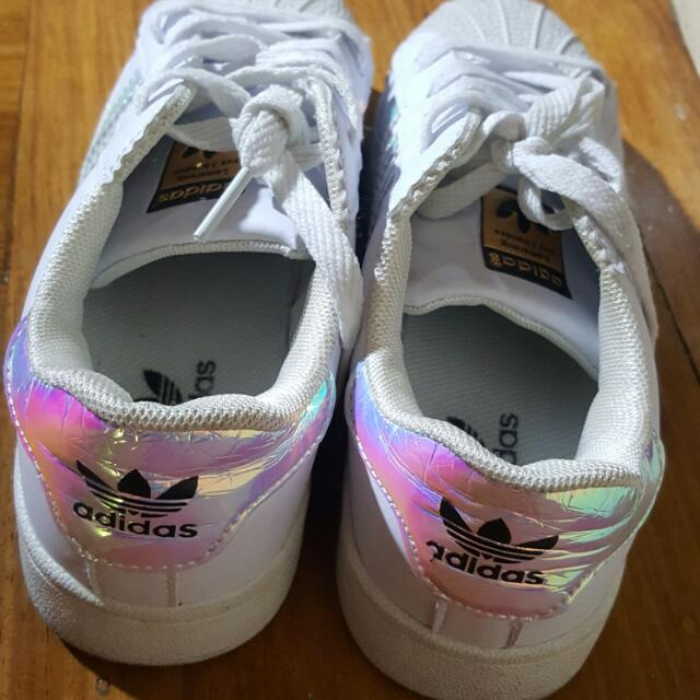 pre loved superstar