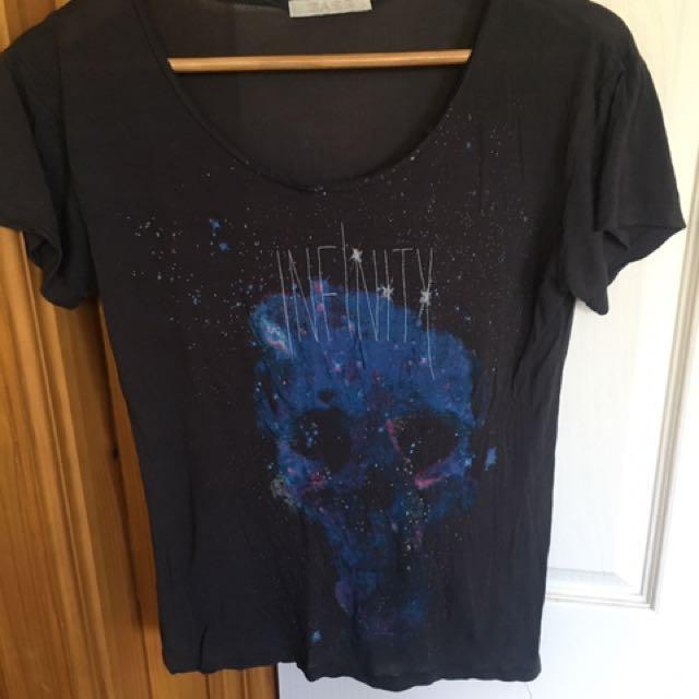 Sass Skull Top Size 8