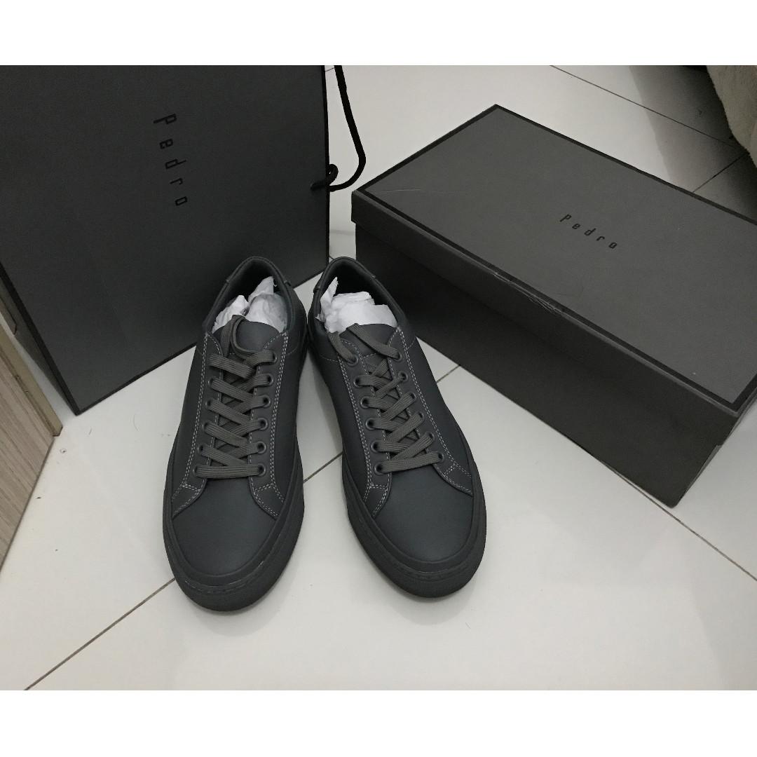 Sepatu Pedro original - Dark Grey size 42 32a306d9e2