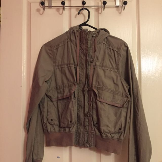 Size 10 Khaki Scrunch Jacket