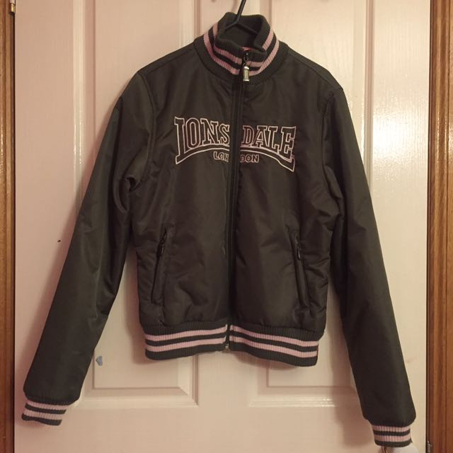 Size 8 Ladies Lonsdale Bomber Jacket