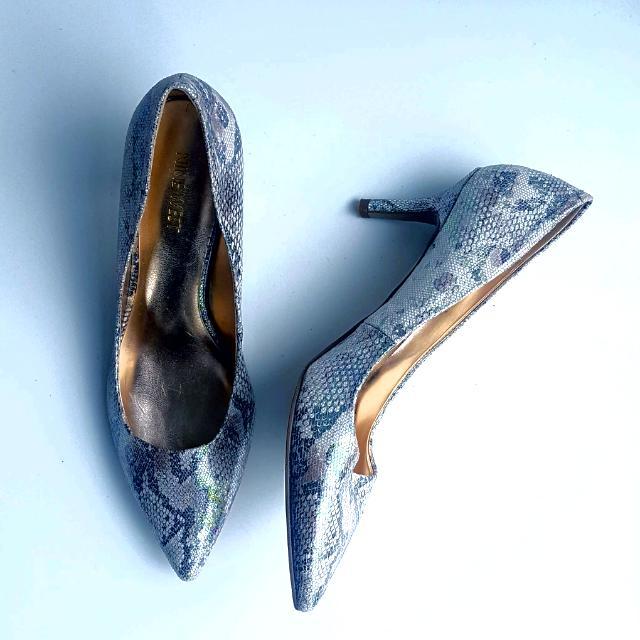 Size 9 Nine West Metallic Snake Skin Heels