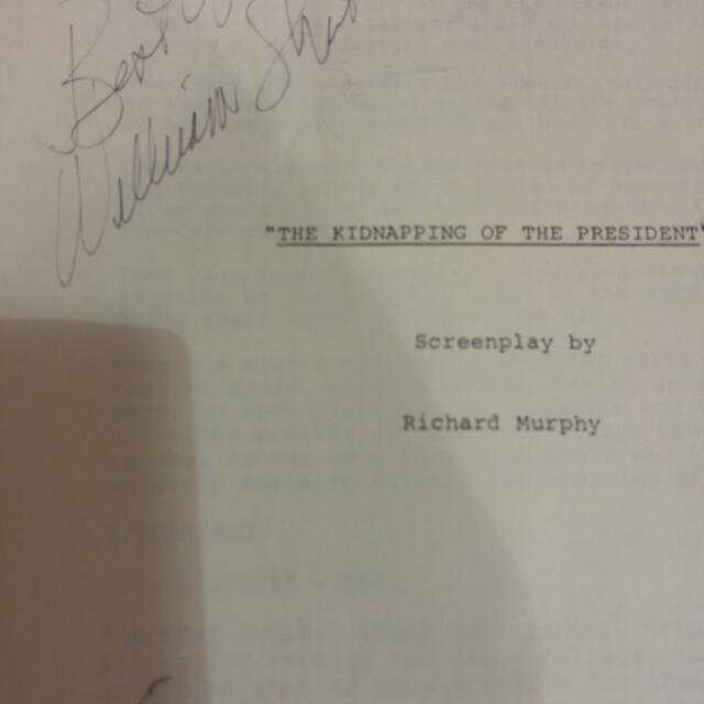 The Kidnapping Of The President 1979 Final Cut movie Script Signed By Canadian Actor William Shatner. Free Shipping