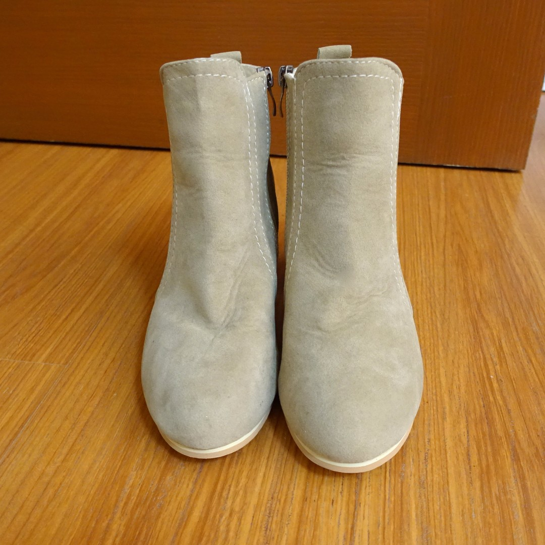 Unbranded fashion boots Light Tan Size 7
