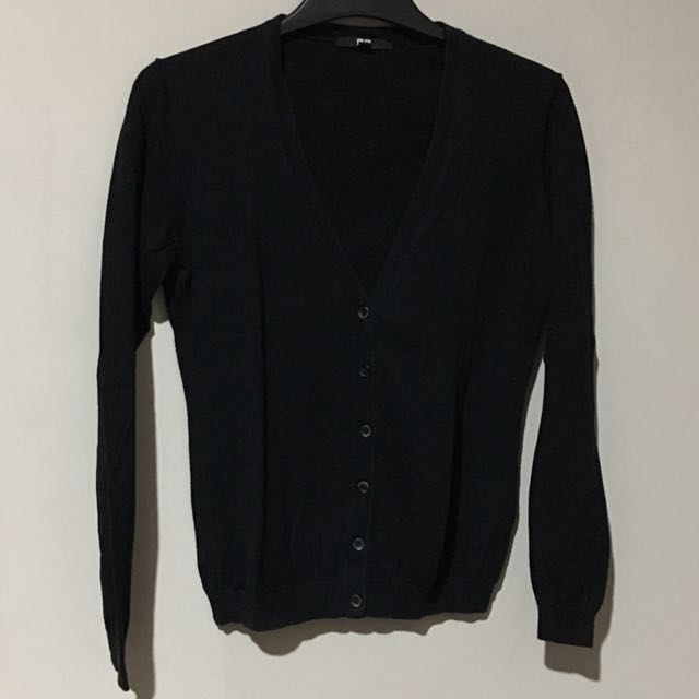Uniqlo Black Cardigan