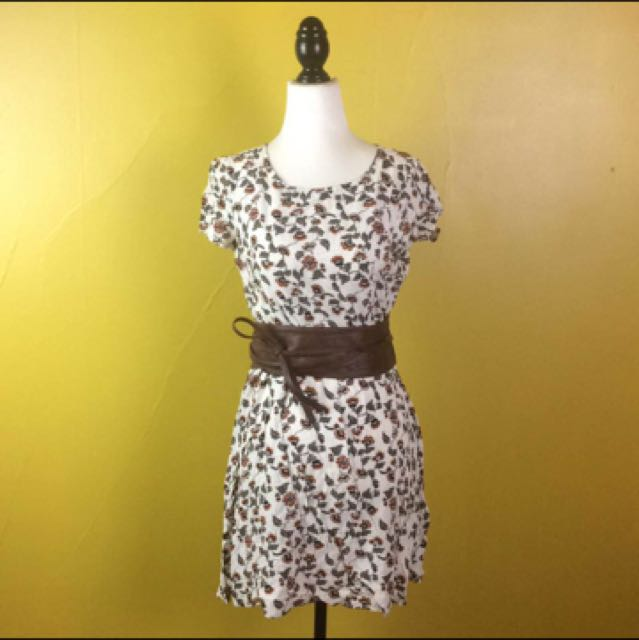 White Floral Dress Summer Dress Size Small