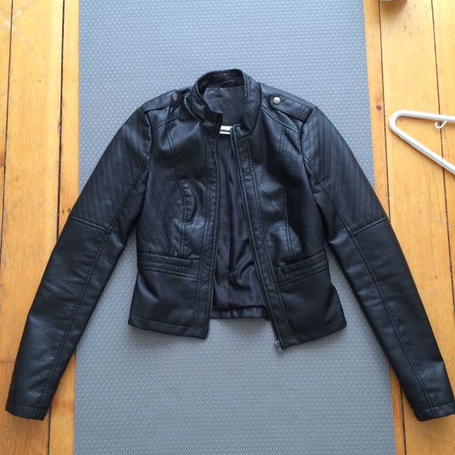 XS Noisy May Faux Leather Jacket