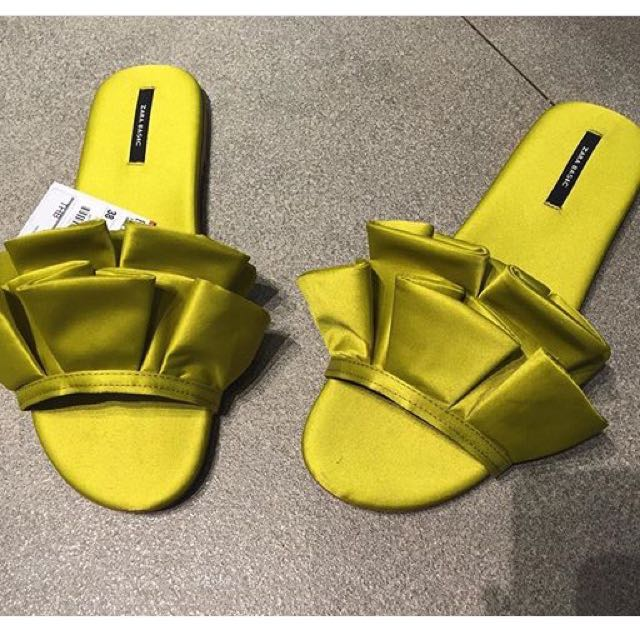 zara Yellow Sandals Size 7