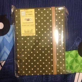 📗韓國買綠色布面波點簿仔