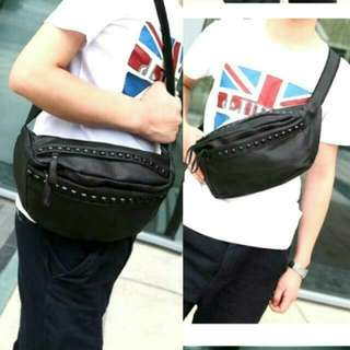 BRAND NEW KOREAN STYLE SHOULDER BAG/CHEST BAG/MESSENGER BAG FOR SALE!