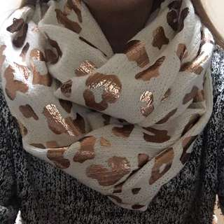 Seed Snood Scarf