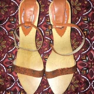 Bakya Sandals