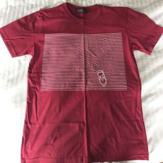 Red/maroon/burgundy graphic t-shirt