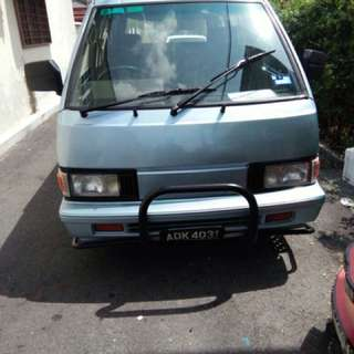 Van Nissan Vanette C22