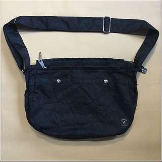 Porter wrist皺折系列側背包 正品
