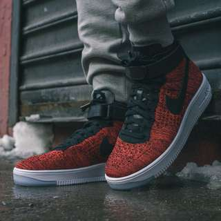 Flyknit Air Force One University Red