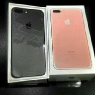 Two IPhone 7's Plus