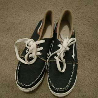 Blue Navy Shoes... Size 40...worn Once