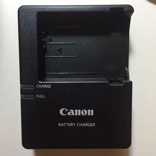 Canon charger LC-E8E
