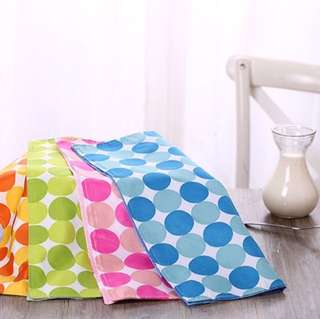 🚚 餐墊/布餐墊/桌巾/桌墊/桌布