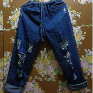 boyfriend jeans (freong jabodetabek)